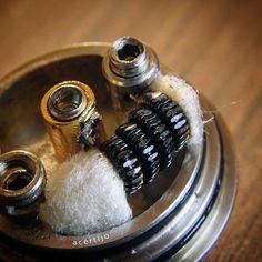 Why some coils get dark so soon? It's wire cuality or because Juice? #vapecommunity #vape #vapeon #vapedaily #vaping #vapingcommunity #vapeo #photoshoot #vapestagram  #vapelife #vapepics #vapeporn #vapelyfe #vapefam #vapelove  #vapesociety #wireporn #wireart #coilart #coilartisan #vapebuild