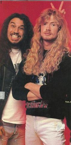 Araya & Mustaine. This picture makes me smile.