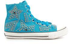 Ash Vibration Bis Sneakers http://www.shoeclub.nl/damesschoenen/sneakers/ash/turquoise/vibration-bis/1930.27.2/