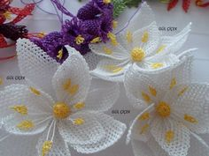 This Pin was discovered by Neş Faux Flowers, Diy Flowers, Crochet Flowers, Fabric Flowers, Flower Ideas, Crochet Unique, Crochet Motif, Crochet Patterns, Hand Embroidery Flowers