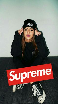 Iphone Wallpaper - Supreme girl - My CMS Supreme Iphone Wallpaper, Man Wallpaper, Cartoon Wallpaper, Wallpaper Backgrounds, Supreme Clothing, Bape Wallpapers, Rick And Morty Poster, Hypebeast Wallpaper, Logo Images