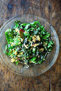 This delicious Swiss chard salad is light, lemony, and refreshing. Tossed with breadcrumbs and parmesan, chard has never tasted so summery! Vegetarian Recipes, Cooking Recipes, Healthy Recipes, Raw Recipes, Healthy Salads, Cooking Tips, Healthy Food, Swiss Chard Salad, Salat Wraps