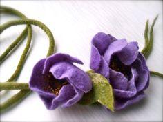 Handmade flowers necklace Purple flowers  felt necklace by jurooma