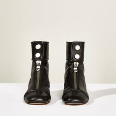 Image 3 of STUDIO FLAT ANKLE BOOTS WITH ZIP from Zara
