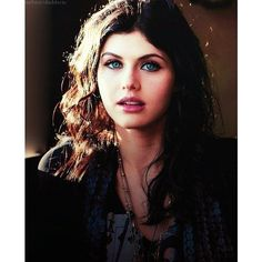 Alexandra Daddario Beauties ❤ liked on Polyvore featuring alexandra daddario, people, pictures, alex daddario and faceclaims