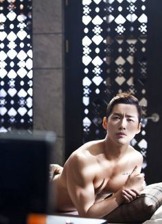 Nam Goong Min takes it off - takes it all off - for 'Remember' | allkpop.com