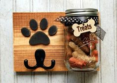 Dog leash holder with treat jar. Dog treat by KingsBenchCreations Dog leash holder with treat jar. Dog treat by KingsBenchCreations Dog Crafts, Animal Crafts, Animal Projects, Craft Projects, Dog Leash Holder, Dog Treat Jar, Treat Holder, Mason Jar Crafts, Mason Jars