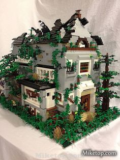 Lego Spooky Scary Haunted House Moc Miketop 02