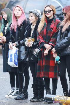 Solji, Hyelin,junghwa,hani,le