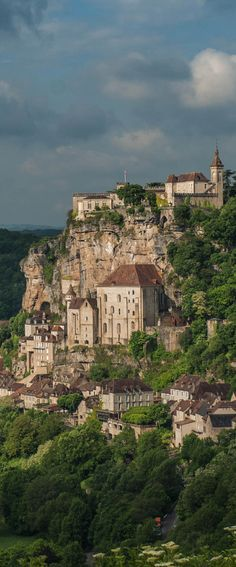 Rocamadour, Dordogne, France. If you see it at sunset it looks just like a golden villages, stunning!!!!!
