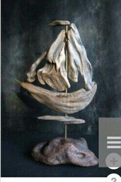 Driftwood Wreath, Driftwood Mirror, Driftwood Projects, Driftwood Sculpture, Driftwood Fish, Beach Crafts, Hanging Art, Beach Art, Home Art