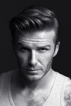 Salutando Beckham.