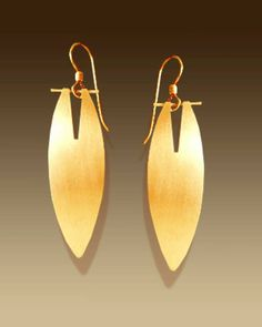774N  28  Nu-gold and sterling silver