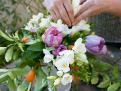 With these 101 flower arrangement tips and tutorials, virtually anyone can make these---even me!