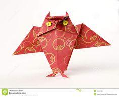 Coruja De Origami Isolada No Branco - Baixe conteúdos de Alta Qualidade entre mais de 37 Milhões de Fotos de Stock, Imagens e Vetores. Registe-se GRATUITAMENTE hoje. Imagem: 18451385