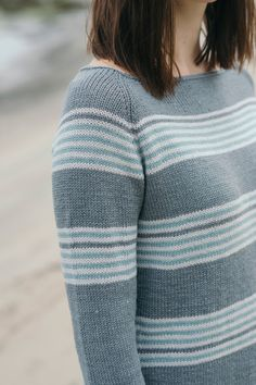 sidra pullover by isabell kraemer / from the tern 2016 collection / in quince & co. tern, colors stonington, oyster, and and back bay