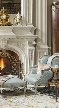 Outstanding old french deco are offered on our website. Read more and you will not be sorry you did. Quirky Home Decor, Cute Home Decor, Cheap Home Decor, Luxury Homes Interior, Luxury Home Decor, Home Interior Design, Classic Interior, Fireplace Design, Elegant Homes
