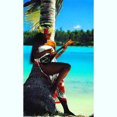 【katsuya5963】さんのInstagramをピンしています。 《こんばんは 今日もお疲れさまでした 明日も素敵な朝を迎えて下さい おやすみなさい 😵💤 💤 💤  人生はいつでも あなたに第二のチャンスを 与えてくれます それは、明日と言います  #夏#夏休み#海#サーフィン 🏄 #ウクレレ#フラガール#ヤシの木 🌴 #コーデ#ファッション  Good evening It was cheers for good work today Also welcomed a nice morning tomorrow Good night 😵💤 💤 💤  When is life even You a second chance Us supplied It is called tomorrow  #summer#sea#surfing 🏄 #ukulele#Hula Girl#Palm tree 🌴》