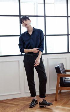 Korean Fashion Men, Korean Street Fashion, Asian Fashion, Korean Men Style, Mens Fashion, Teen Boy Fashion, Pop Fashion, Fashion Outfits, Oriental Fashion
