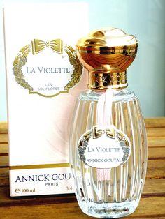 Annick Goutal Le Violette http://www.parfums.cz/annick-goutal/le-violette-toaletni-voda-pro-zeny/