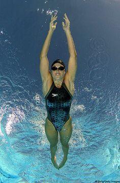 Amanda Beard streamline