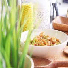 إذا تفضلون المأكولات البحرية جربوا جمبري صيني بطريقة صحيه بطريقة Shjn daj   #تطبيق_طبخي#طبخي