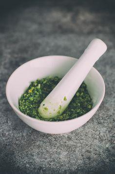 プロの味を家庭で再現するのは無理?いえいえ、秘密の万能調味料を使えば、実は食材の美味しさは5割増し!家庭でも作りやすいそんな万能調味料をまとめ紹介します。