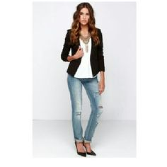 """H&M Black Lace Cropped Blazer Versatile black blazer with beautiful lace all over. 3/4 sleeves. Single button closure. Measures approximately 19"""" from shoulder to bottom. Extra button still attached to  inside tag. H&M Jackets & Coats Blazers"""