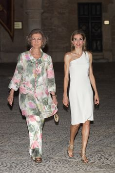 Queen Letizia of Spain Photos: Spanish Royals Attend Official Dinner....Queen Letizia of Spain (R) and Queen Sofia of Spain (L) attend a official reception at the Almudaina Palace on August 7, 2014 in Palma de Mallorca, Spain.