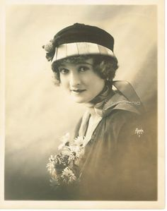 "Loretta Blake Starred with Douglas Fairbanks in his first silent film ""His Picture in the Papers"", 1916 Silent Screen Stars, Silent Film Stars, Douglas Fairbanks, Starred Up, Akron Ohio, The Voice, Captain Hat, Los Angeles"