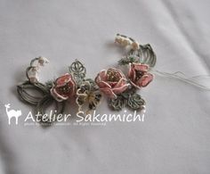 ネックレスのお花の部分は、ほぼ完成しました。 : タティングレース便り ~アトリエ さかみち~