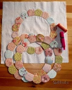 fun dresden style paper piecing circles by Sue Daley