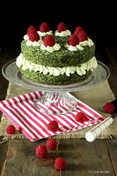 Cómo preparar un pastel dulce de espinacas o musgo del bosque. Receta turca de Ispanakli Kek.