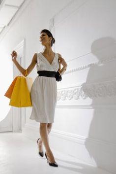 ¿Qué tipo de ropa debería usar una mujer con cuerpo en forma de pera  c38dbf97fbc5