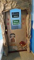puerta decorada prehistoria - Buscar con Google Dinosaurs Preschool, Door Displays, Classroom Door, Iron Age, Prehistory, Worksheets For Kids, Archaeology, More Fun, Activities