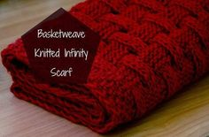 Basketweave knitted infinity scarf - free pattern