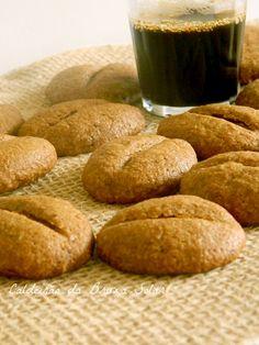 Coffee Cookies http://www.caldeiraodabruxasolar.com/2013/06/biscoitos-graos-de-cafe.html
