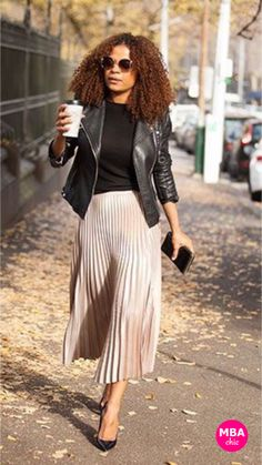 Keep it MBAchic: styling the pleated skirt trend for the office - MBAchic