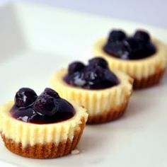 Crown Recipes: Mini Blueberry Cheesecake - use fresh blueberries