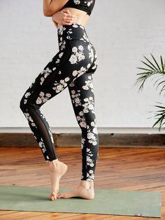 6269d2bacd408 Free People Liza Legging. Printed LeggingsPrinted Yoga PantsFloral ...