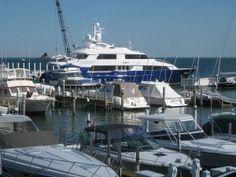 Grosse Pointe Yacht Club Photo By Ebgundy