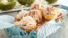 Carrot cake meets cheesecake meets cinnamon rolls in this fun and easy springtime recipe.