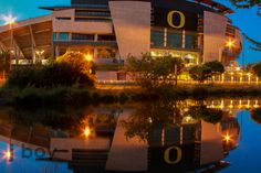 Reflection #football #oregon #ducks http://www.facebook.com/JboyPhotography