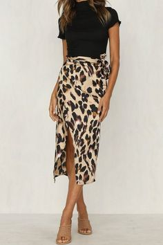 Leopard Print High Cut Skirt - Package: 1 piece Dresses Length: Mid Material: Polyester Pattern Type: Leopard Print Style: Casual Waistline: Natural Item Weight: 200 gram Source by zickertz - Mode Outfits, Skirt Outfits, Fashion Outfits, Womens Fashion, Stylish Outfits, Work Fashion, Fashion Prints, Animal Print Fashion, Fashion Mask