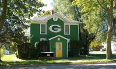 In addition to cheese and beer, residents of the Badger State also get to enjoy some of the lowest homeowners insurance prices in the country. Best Homeowners Insurance, Home Insurance, Shop Around, Milwaukee, Great Places, Wisconsin, Shed, Outdoor Structures, Sports