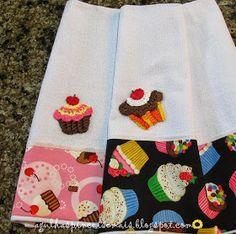 Agulhas e Pinceis: Panos de prato com aplicação de cupcake de crochê
