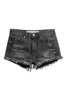 5-pocket shorts in washed denim with hard-worn details, a regular waist, zip fly with a button and raw-edge hems.