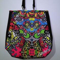 Danfel's bolsos y sandalias: Bolsos y cosmetiqueras Casual Vera Bradley Backpack, Backpacks, Bags, Fashion, Shoes Sandals, Totes, Handbags, Moda, Fashion Styles