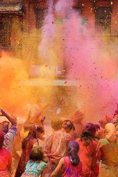 Holi Festival in India Holi Festival Of Colours, Holi Colors, Holi Festival India, Holi Wishes Images, Color Fight, Holi Photo, Best Photo Background, Festival Photography, Happy Holi