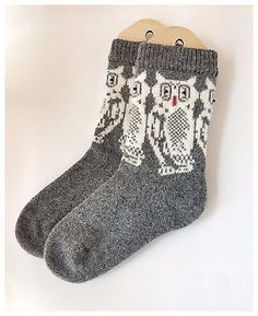 Hand Knitted Socks Sheep Wool Unisex Owl Socks Sock Knitting, Fair Isle Knitting, Knitting Stitches, Knitting Patterns Free, Knit Patterns, Owl Socks, Knit Socks, Boot Toppers, Sheep Wool